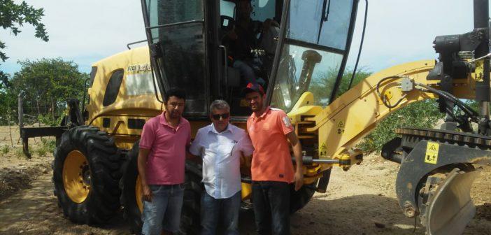 Prefeitura Municipal inicia recuperação da estrada que liga Chorrochó/Barra.