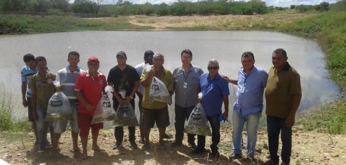 Prefeito Humberto Gomes cumpre com sua agenda de visitas no Povoado e Fazendas.