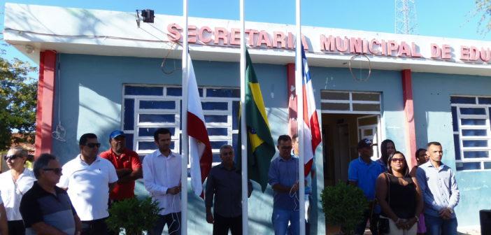 Desfile cívico celebra os 64 anos de emancipação política de Chorrochó.